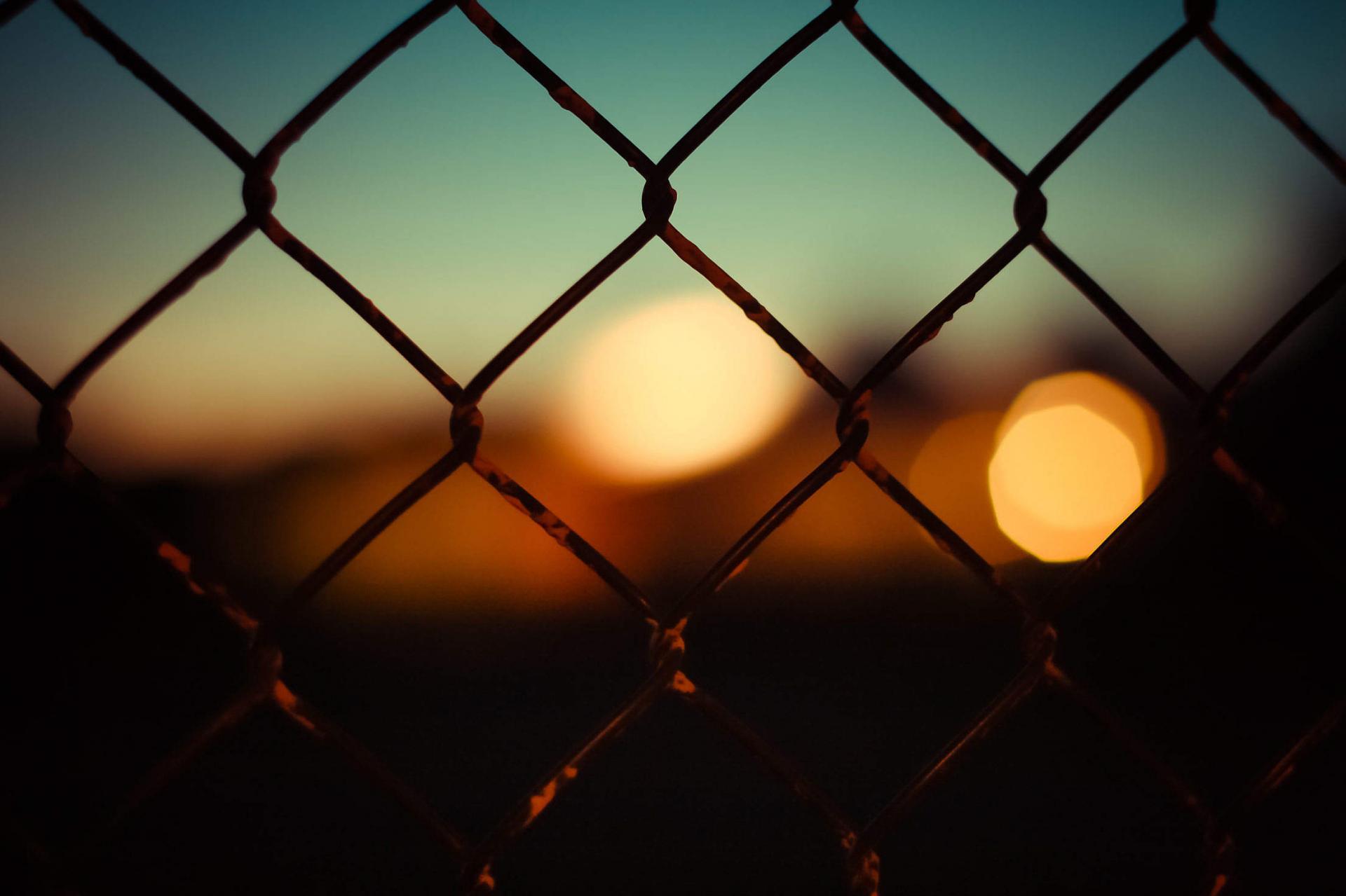 Abstract bokeh through a fence free stock photos picjumbo img 0714 2210x1473